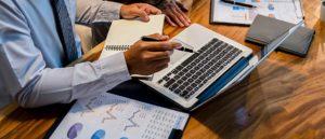 """Kurs online """"Auditor wewnętrzny systemu zarządzania jakością wg normy ISO 9001""""."""